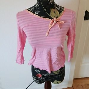 Cute top, pink with peach 3/4 length sleeves